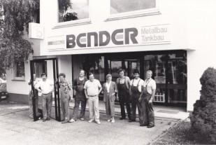 Belegschaft von Metallbau Oswald Bender seit 1961 in Kelkheim.
