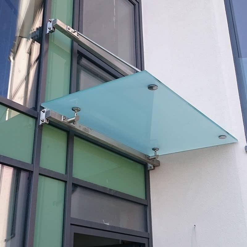 Glasüberdachung von Metallbau Bender aus Kelkheim